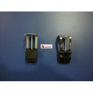 Grapa de fregadero estandar 28mm (anclaje taladro cuadrado)